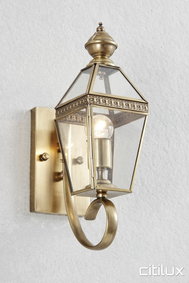 Oran Park Classic Outdoor Brass Wall Light Elegant Range